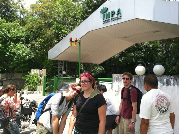 We walked for 2 hours to visit this place and then it was closed! - Instituto Nacional de Pesquisas da Amazônia in Manaus, Manaus